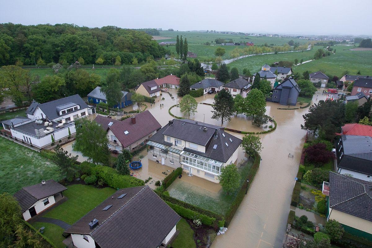 Itzig inond e toute la matin e - Chambre d hote luxembourg petite suisse ...