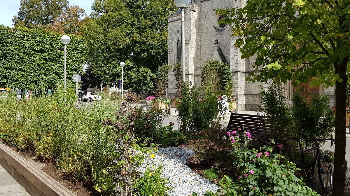 """Dieser """"Jardin éphémère"""" befindet sich bei der Joseph-Kirche."""
