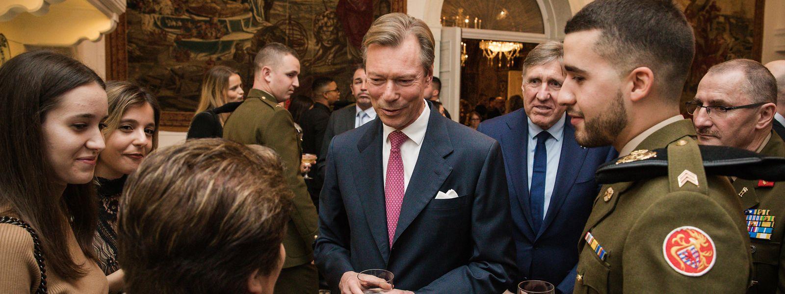 Le grand-duc Henri et ses invités
