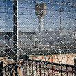 Minderjährige können weiterhin nach Erwachsenenstrafrecht behandelt und in einem Erwachsenengefängnis untergebracht werden.