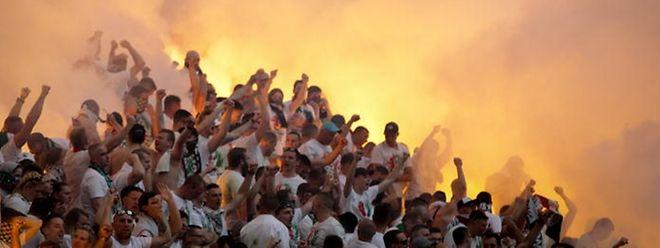 Les ultras du Legia sont les rois de la pyrotechnie!