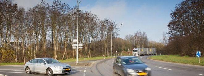 """Bei dem Kreisverkehr """"Robert Schaffner"""", im Volksmund besser als """"Rond-Point Irrgarten bekannt, handelt es sich um den größten Kreisverkehr des Landes."""