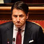"""Primeiro-ministro italiano anuncia demissão e acusa Matteo Salvini de """"irresponsabilidade"""""""