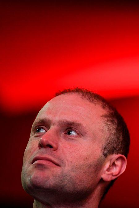 """""""Jeden Tag dieser vergangenen zwei Jahre habe ich Verantwortung auf mich genommen und Entscheidungen getroffen."""" , so Maltas Premier  Joseph Muscat."""