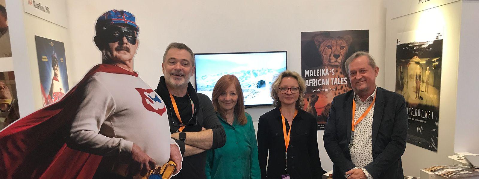 """Nach der Eroberung der Luxemburger Kinos sollen es """"De Superjhemp retörns"""" und weitere Luxemburger Filme in Märkte schaffen. Auf dem European Film Market der Berlinale wird kräftig Werbung gemacht."""