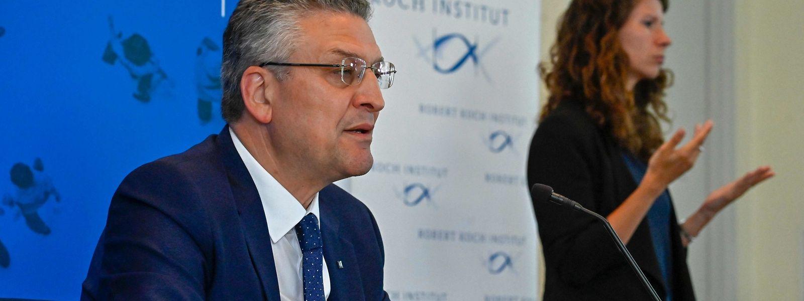 Der Leiter des Robert Koch Instituts (RKI), Lothar Wieler, ist besorgt über die Corona-Entwicklung in Deutschland.