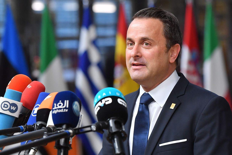 Xavier Bettel (DP), primeiro-ministro, ministro da Comunicação e dos Média, ministro dos Cultos, ministro da Digitalização e ministro para a Reforma Administrativa.