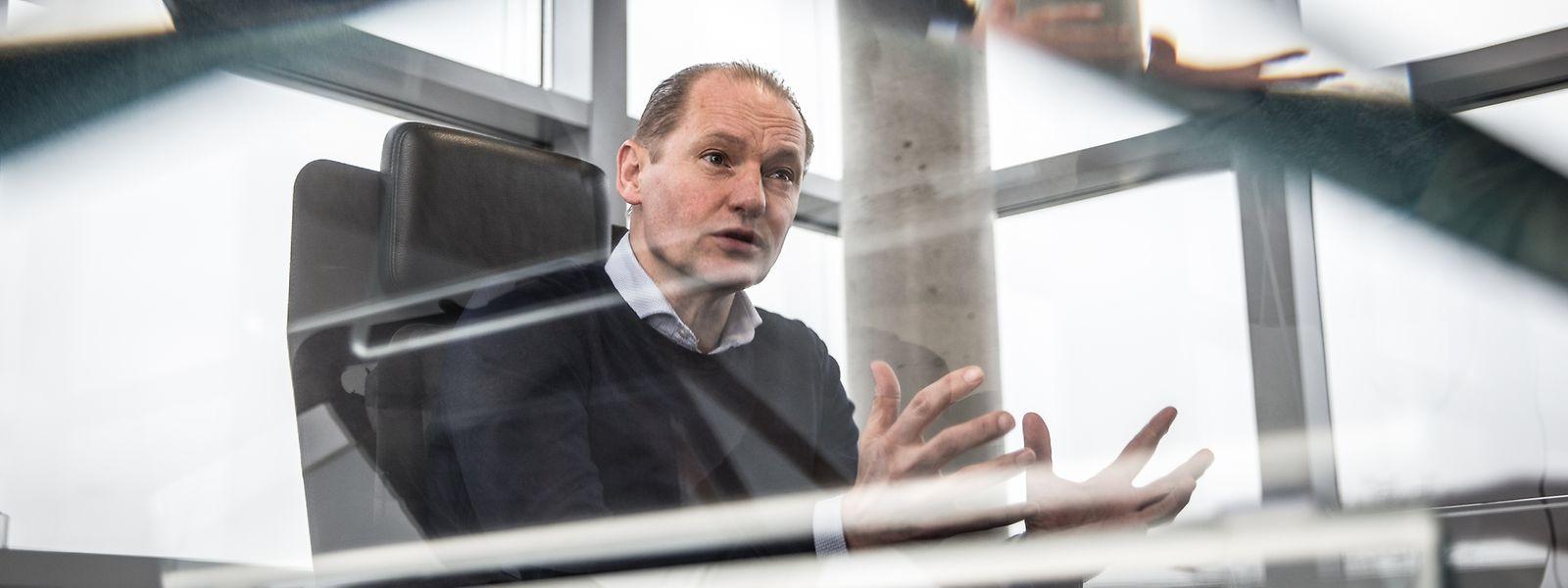 """Der Niederländer Guus Boekhoudt ist als """"Vice President of Guardian Glass in Europe"""" auch für die beiden Flachglaswerke in Niederkerschen und Düdelingen verantwortlich."""