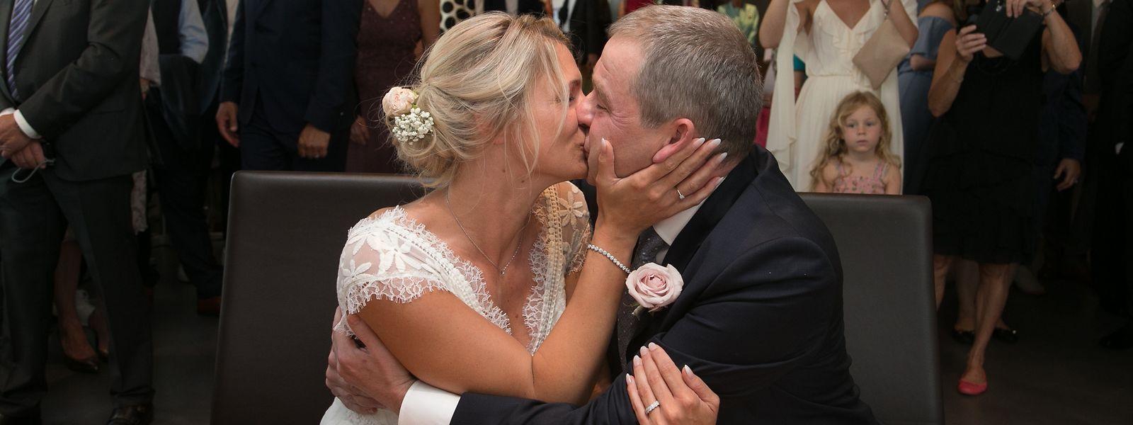 Die Hochzeit von Nadine Braconnier und CSV-Politiker Michel Wolter im Rathaus in Niederkerschen.
