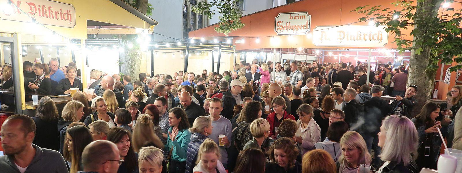 Das Volksfest Al Dikkrich zieht jedes Jahr Tausende Besucher an.