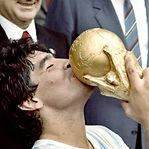 Morreu Diego Maradona