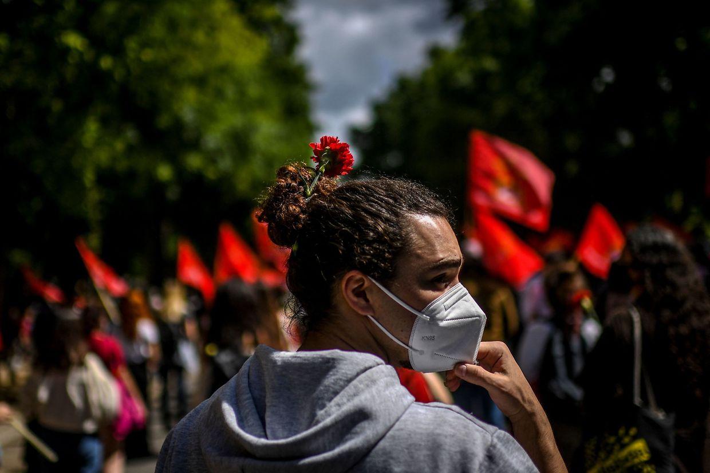 Desfile do 25 de abril na Avenida da Liberdade, em Lisboa.