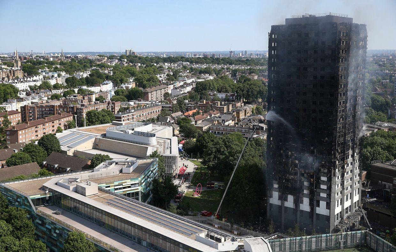 Das Haus im Westen der britischen Hauptstadt brannte vom zweiten bis zum 27. Stock.