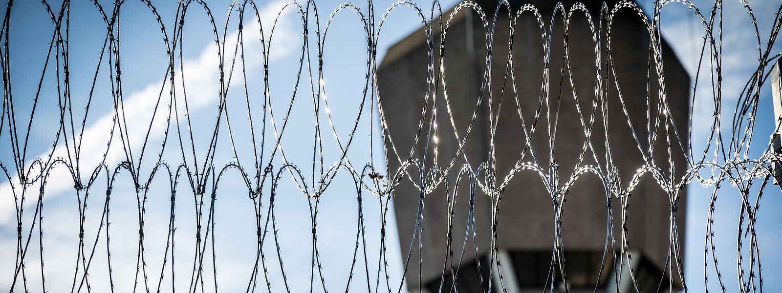 In Zeiten der Corona-Pandemie sind die Häftlinge mit ihren Bedingungen unzufrieden.