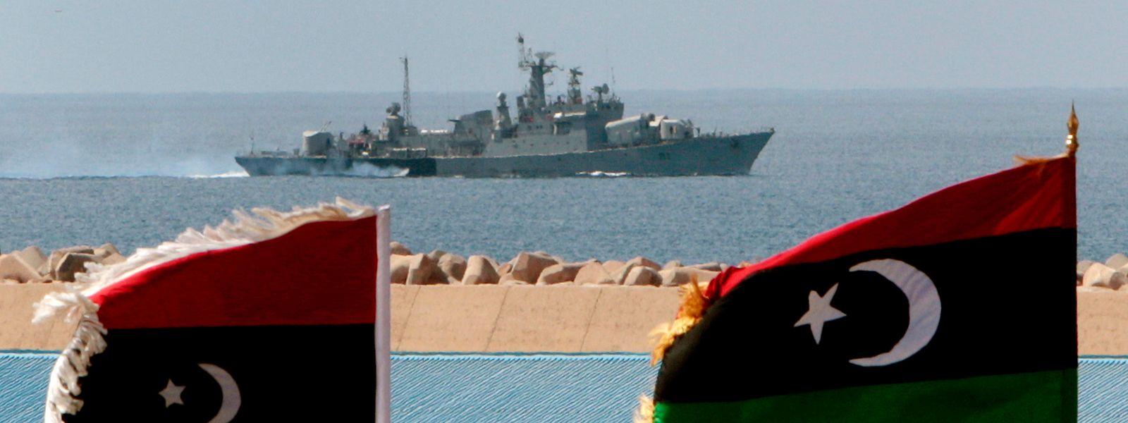 Ein Kriegsschiff vor der libyschen Küste.