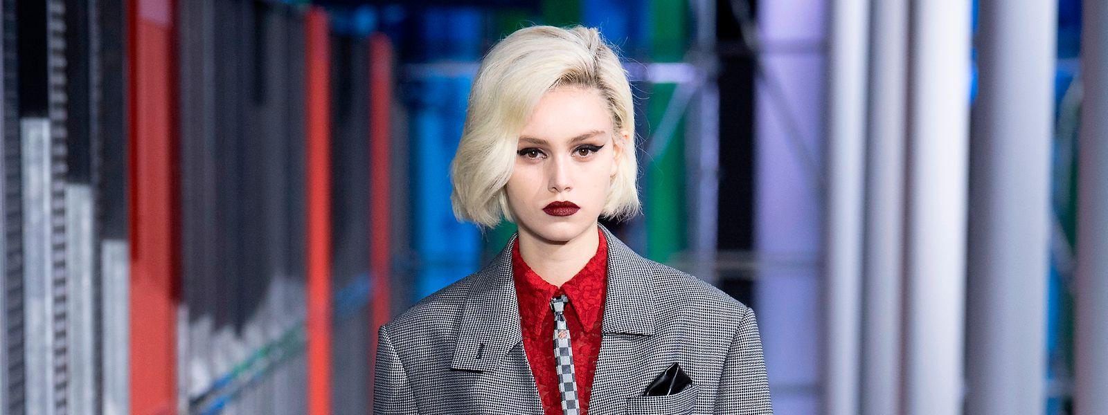 Caroline Reuter als Laufstegmodel für Louis Vuitton.