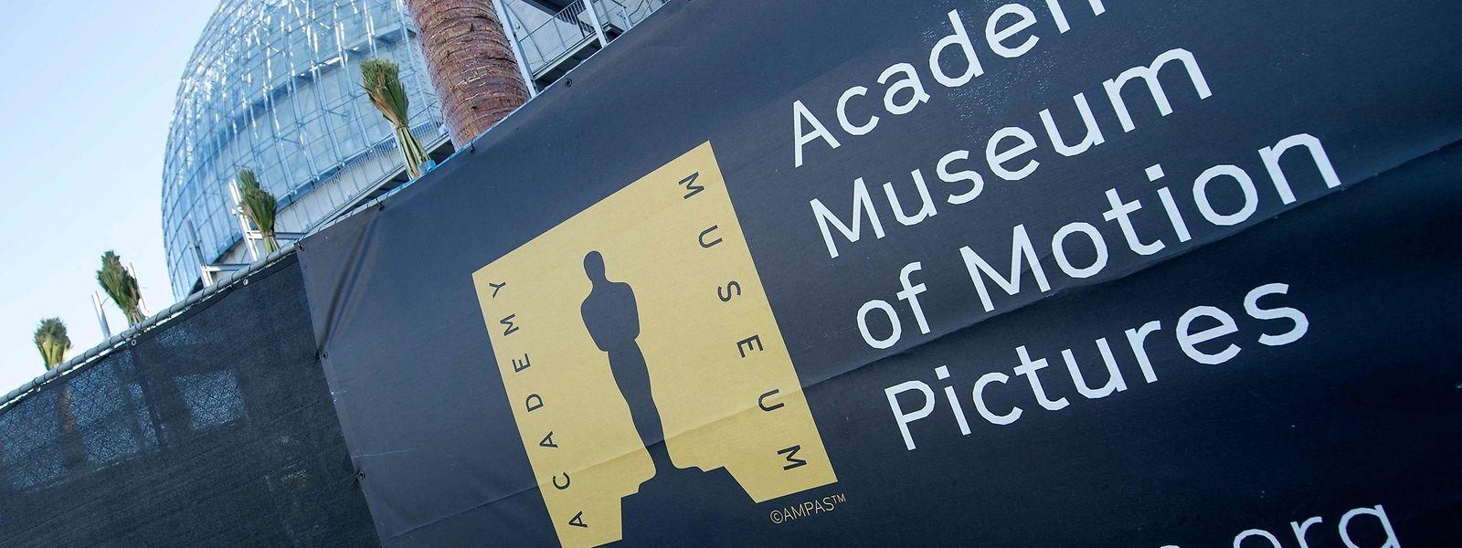 """Die 93. Oscar-Verleihung wird live und """"in persona"""" am 25. April von verschiedenen Orten übertragen."""