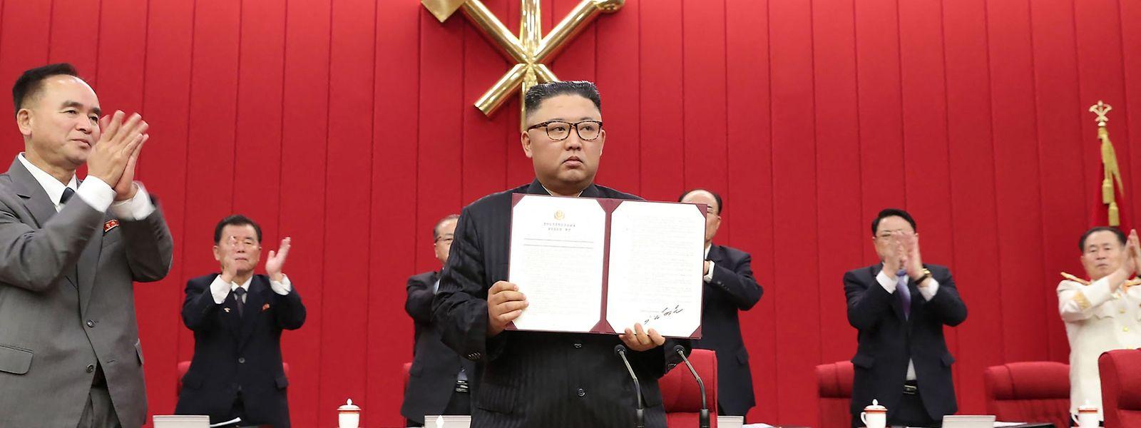 Despot mit Claqueren: Kim Jong Un im Zentralkomitee.