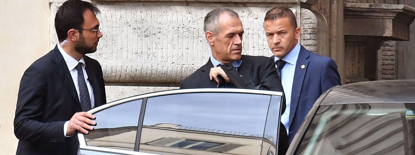 Finanzfachmann Carlo Cottarelli sollte als Übergangspremier eine Regierung ohne eigene Mehrheit bis zu Neuwahlen führen.