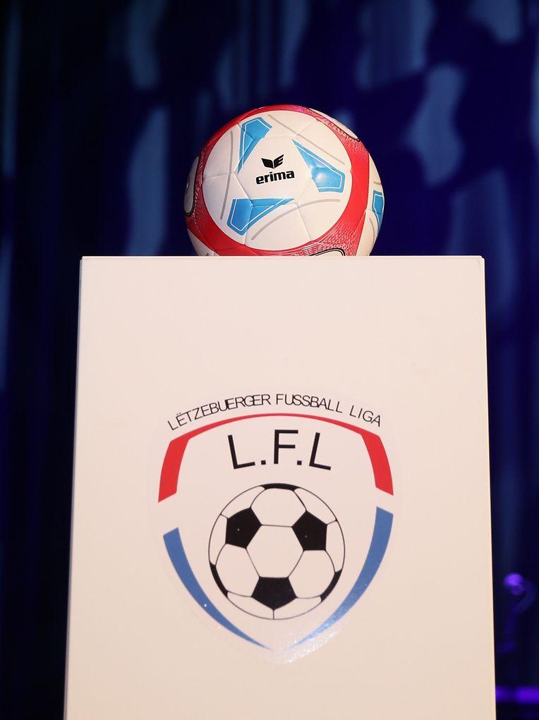 Le nouveau ballon de la saison 2016-2017 spécialement conçu pour la LFL.