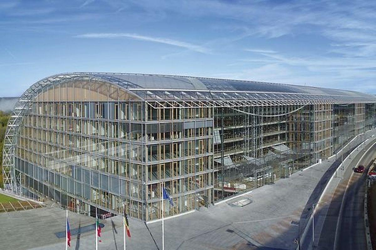 O actual edifício Este do BEI foi inaugurado em 2008