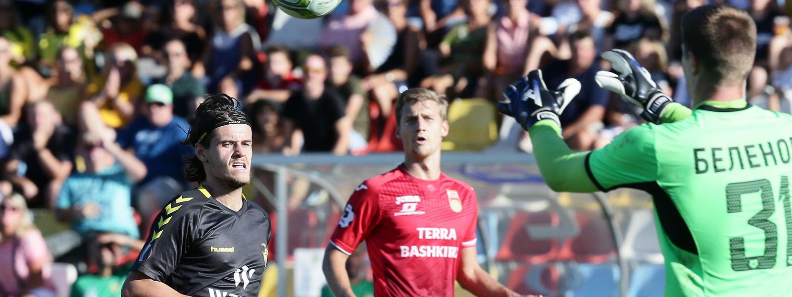 Olivier Thill (à g., en noir) a tapé dans l'oeil des dirigeants du FC Oufa
