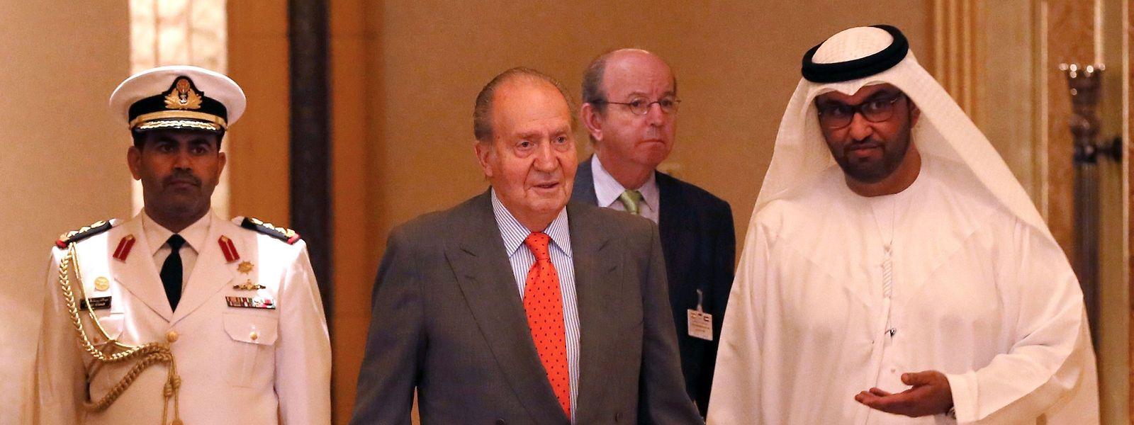 Der ehemalige König von Spanien, Juan Carlos, wird 2014 bei einer Reise in die Emirate empfangen.