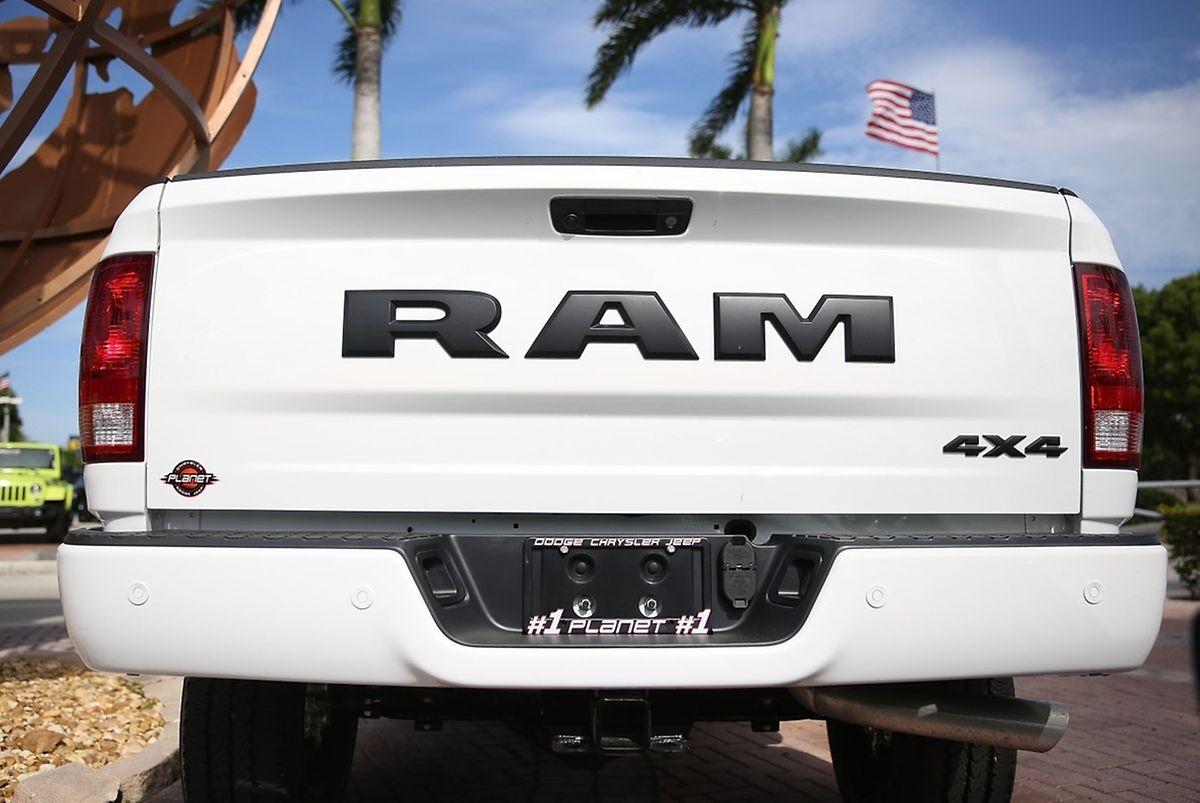 Betroffen sind Jeep Grand Cherokees und Pick-up-Trucks der Marke Ram der Modelljahre 2014 bis 2016.