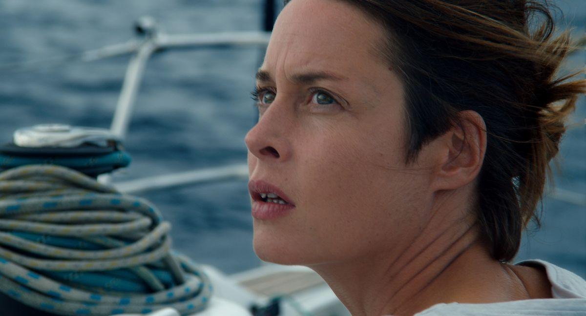 Notärztin Rike (Susanne Wolff) ist es gewohnt, einen kühlen zu Kopf bewahren und besorgt, fremden Menschen das Leben zu retten.