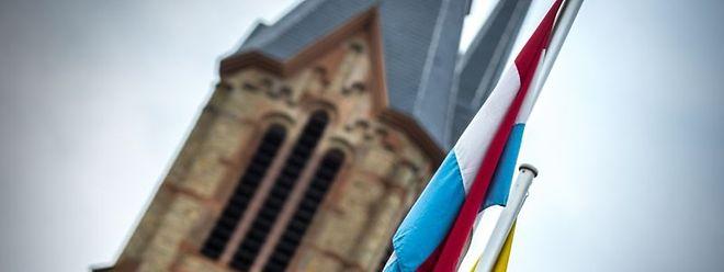 Einer öffentlichen Anhörung der Petition zum Erhalt der Kirchenfabriken im Parlament steht jetzt nichts mehr im Weg.