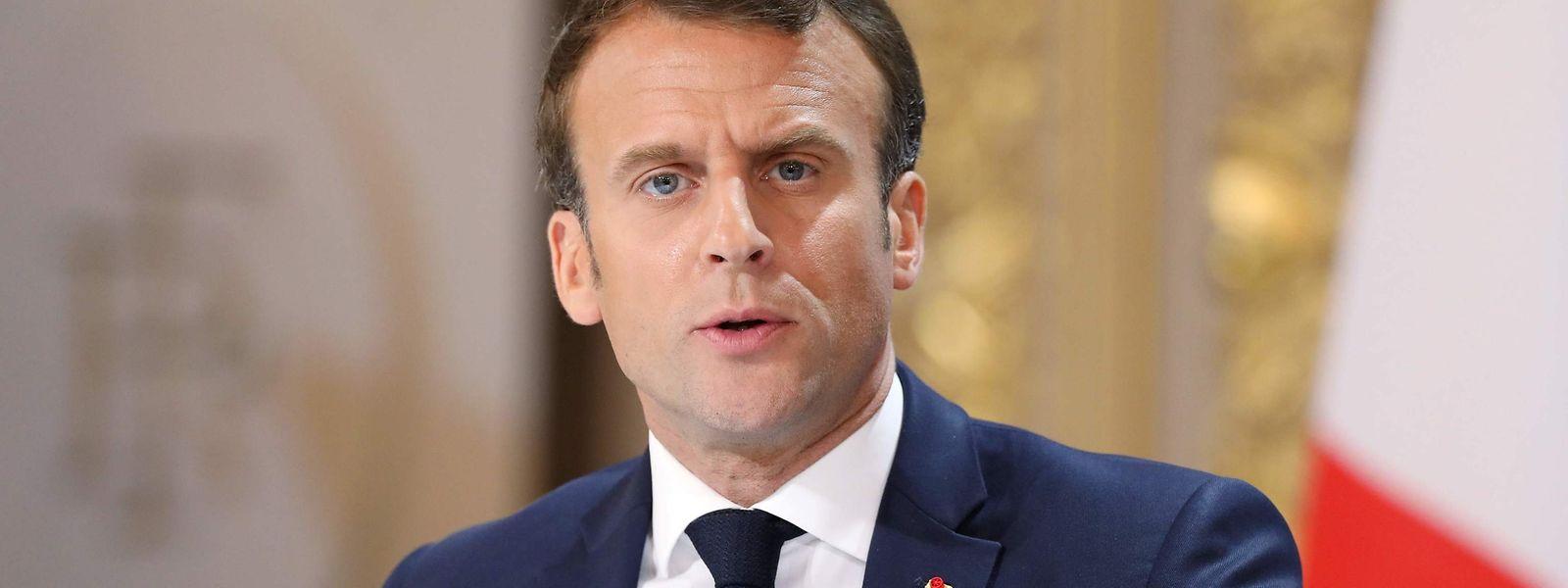 Präsident Emmanuel Macron gibt die Ergebnisse der Bürgerdebatte bekannt.