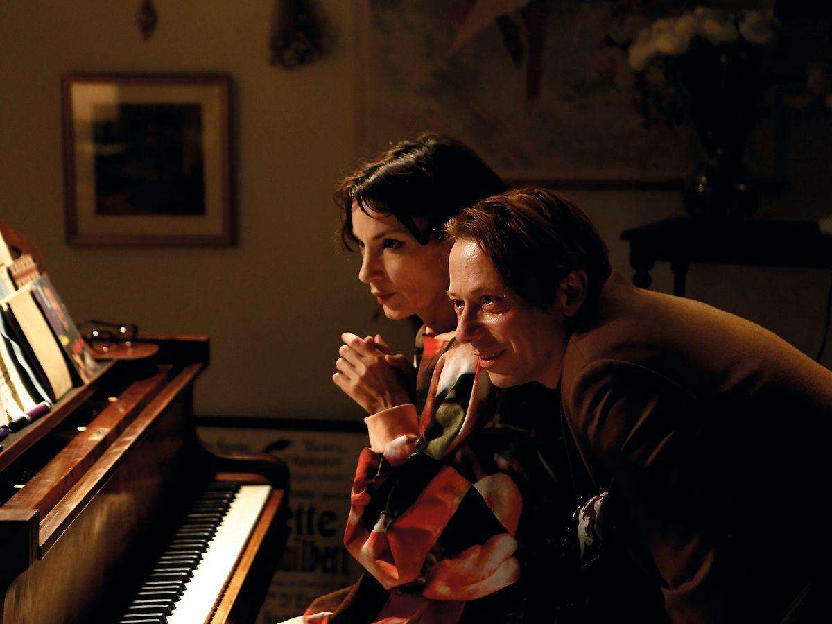 Jeanne Balibar et Mathieu Amalric dans «Barbara».