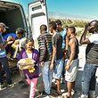 Im französischen Calais leben mehr als 3.000 Flüchtlinge, die nach Großbritannien einwandern wollen, in einem provisorischen Camp.