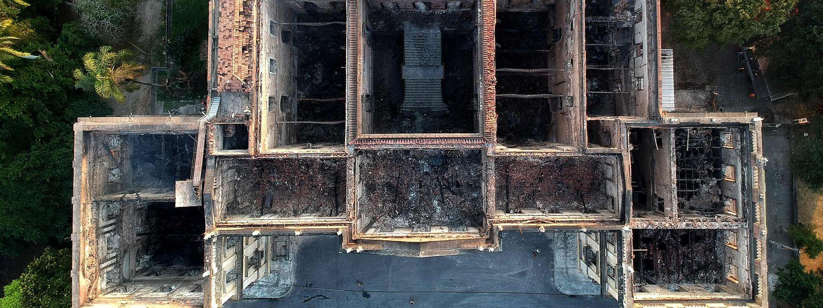 Experten befürchten, dass fast alle der 20 Millionen Artefakte des Museums verloren sind.