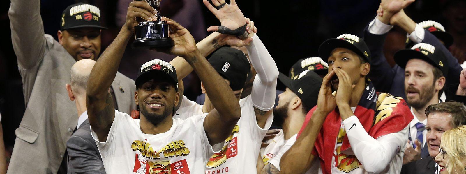 Kawhi Leonard und die Toronto Raptors können nun ausgiebig feiern.