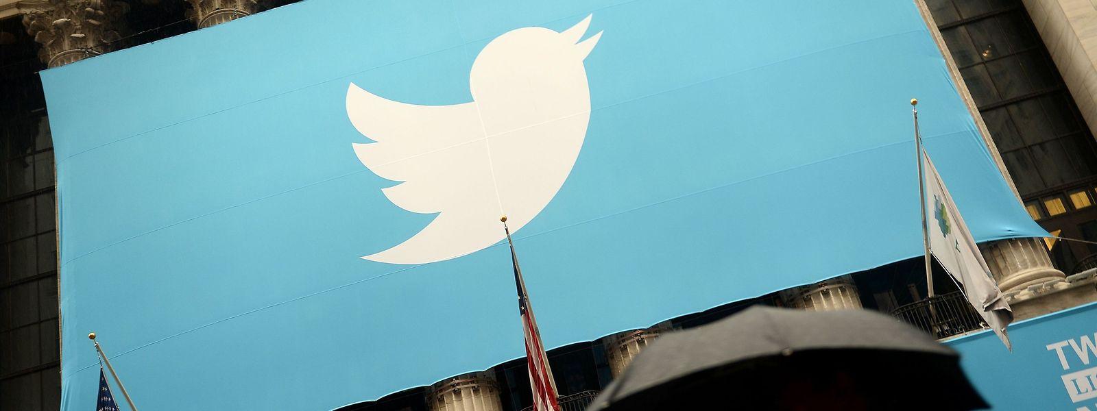Twitter hat angekündigt, Regelverstöße in Zukunft stärker zu ahnden - vor allem bei Politikern.