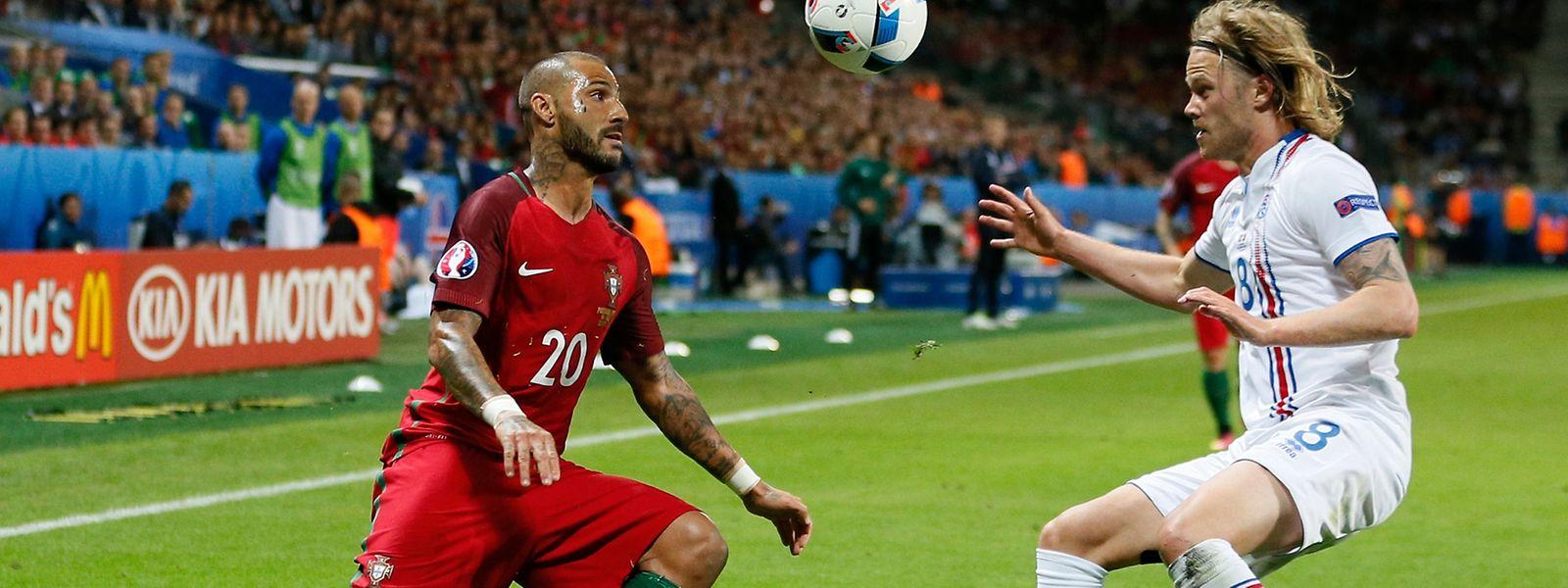 Nem a entrada de Quaresma garantiu a vitória de Portugal
