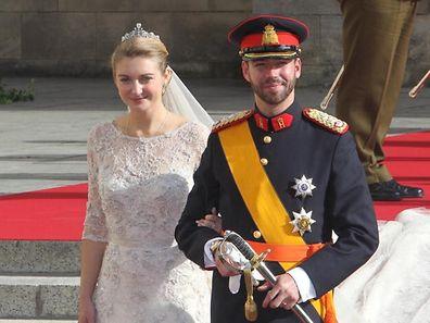 20 octobre 2012: les deux jeunes prince et princesse, futurs Grand-Duc et Grande-Duchesse, s'unissent devant Dieu en la cathédrale Notre-Dame de Luxembourg