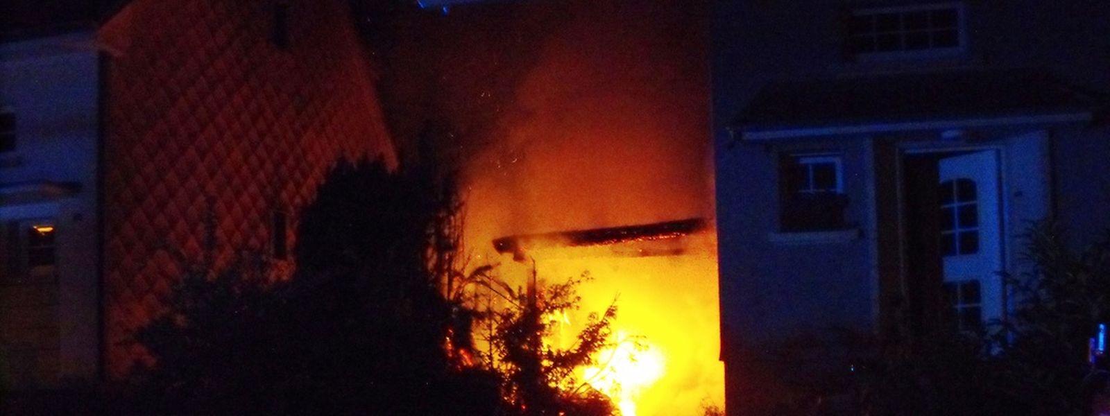Das Haus stand lichterloh in Flammen