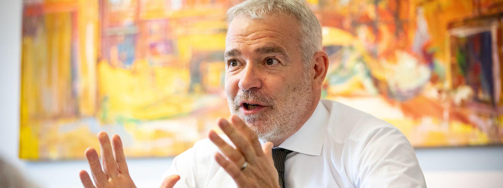 Vizepremier und Arbeitsminister Dan Kersch (LSAP) spricht sich kategorisch gegen eine Kürzung der Sozialleistungen aus.