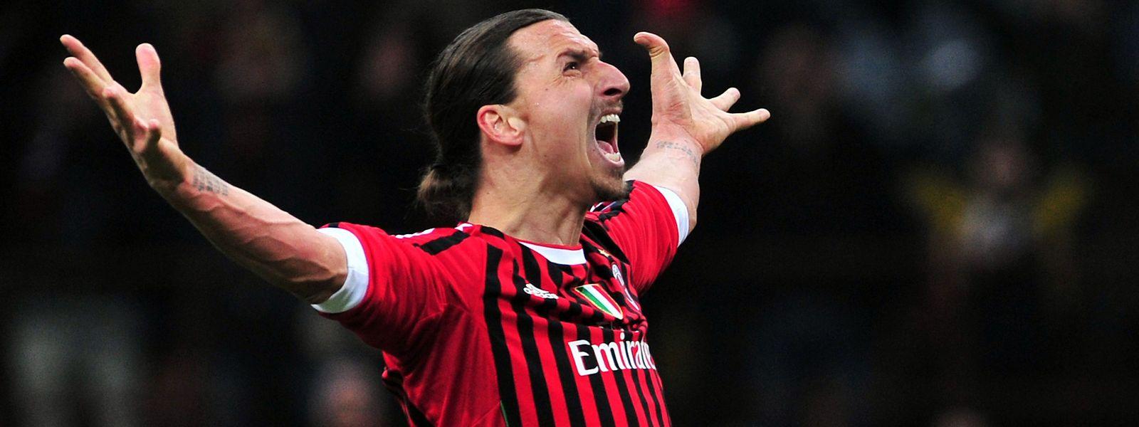 Après deux saisons aux Etats-Unis, Zlatan Ibrahimovic retrouve l'AC Milan, à 38 ans
