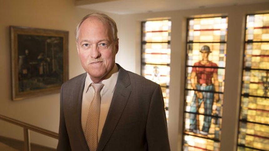 Pierre Mellina bleibt Bürgermeister von Petingen.