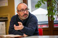 Sérgio Ferreira,  O porta-voz da ASTI (Association de Soutien aux Travailleurs Immigrés).
