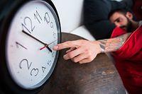 Ein Antragsteller fordert in seiner Petition ein Referendum über das mögliche Abschaffen den Zeitumstellung.