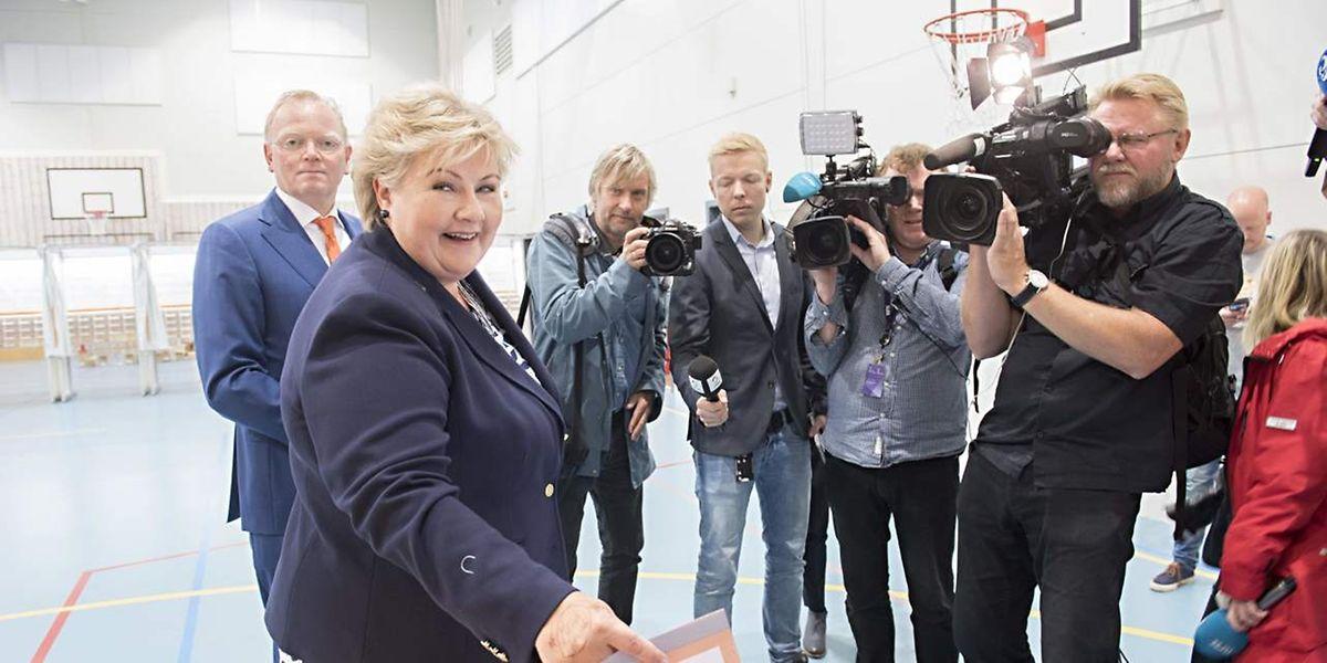 Premierministerin Erna Solberg bei der Stimmabgabe.