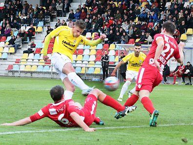 Meister F91 Düdelingen (gelb) ist für die Titelverteidigung auf Schützenhilfe angewiesen. Differdingen hingegen hat es selbst in der Hand.