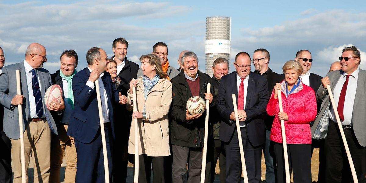 Ab Montag wird nun auch offiziell am Stadion gebaut.