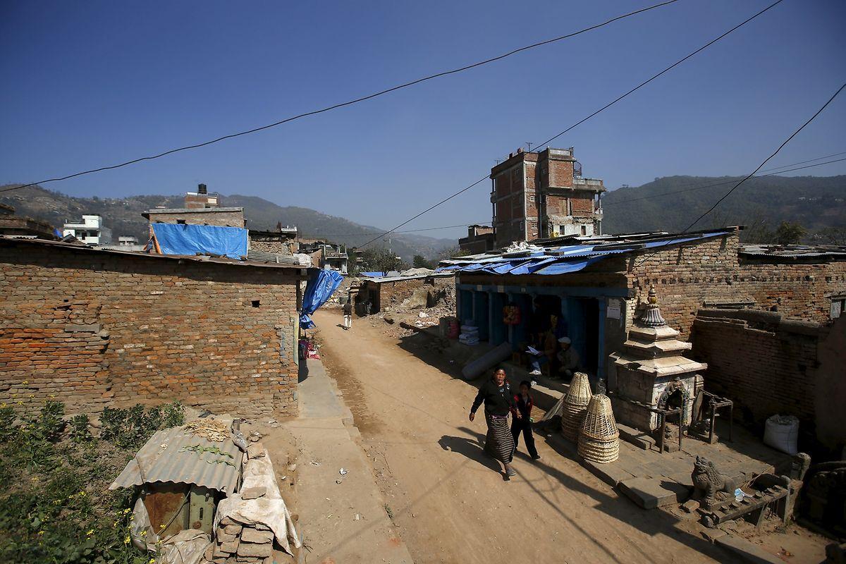 In Sankhu, am Stadtrand von Kathmandu, wurden die Spuren der Zerstörung beseitigt.