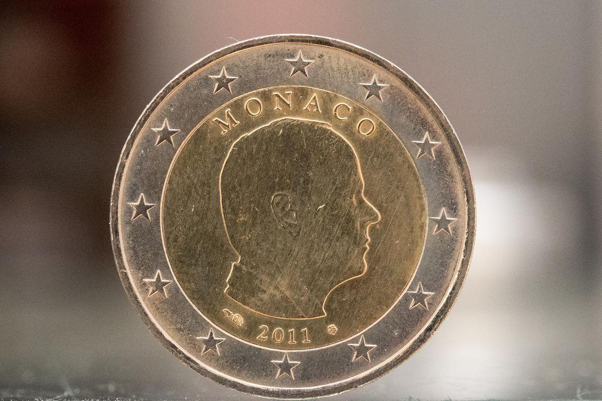 Eine Zwei-Euro-Münze mit Fürst Albert von Monaco im Profil: Bei Sammlern ist die 2011 erschienene Münze derzeit rund 50 Euro wert.