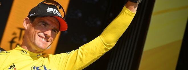 En se montrant la plus rapide sur le chrono de Cholet, la formation BMC a permis à Greg Van Avermaet d'endosser le maillot jaune.